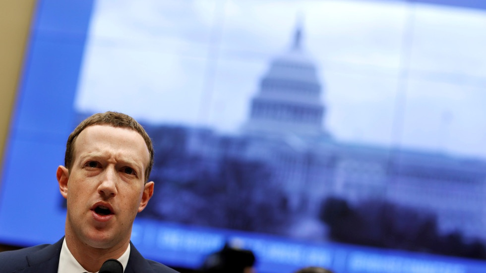Not a free speech platform: Facebook declares it's a 'publisher' & can censor whomever it wants, walking into legal trap