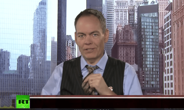Keiser Report: Glass Floors & Ridiculous Charts [VIDEO]