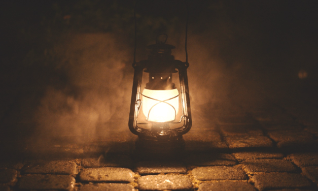 Prepper DIY: How To Make An Inexpensive Oil Lamp